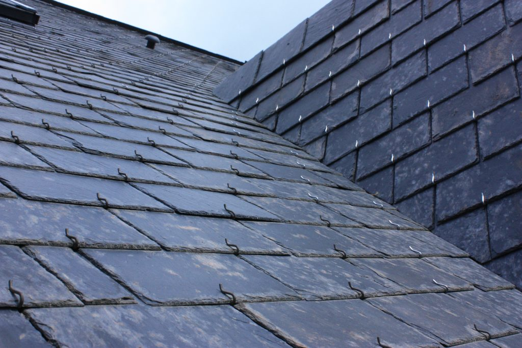 Slate tile roofing in Fort worth Texas